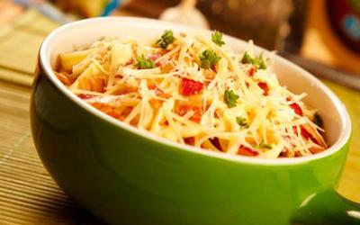 Pasta parmesana con verduras