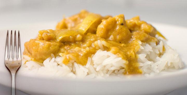 curry madras con pollo