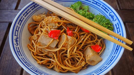 platos estilo oriental